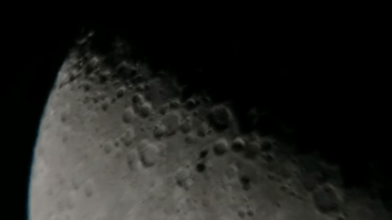 Objetos próximos à lua são filmados por astrônomo amador, veja o vídeo