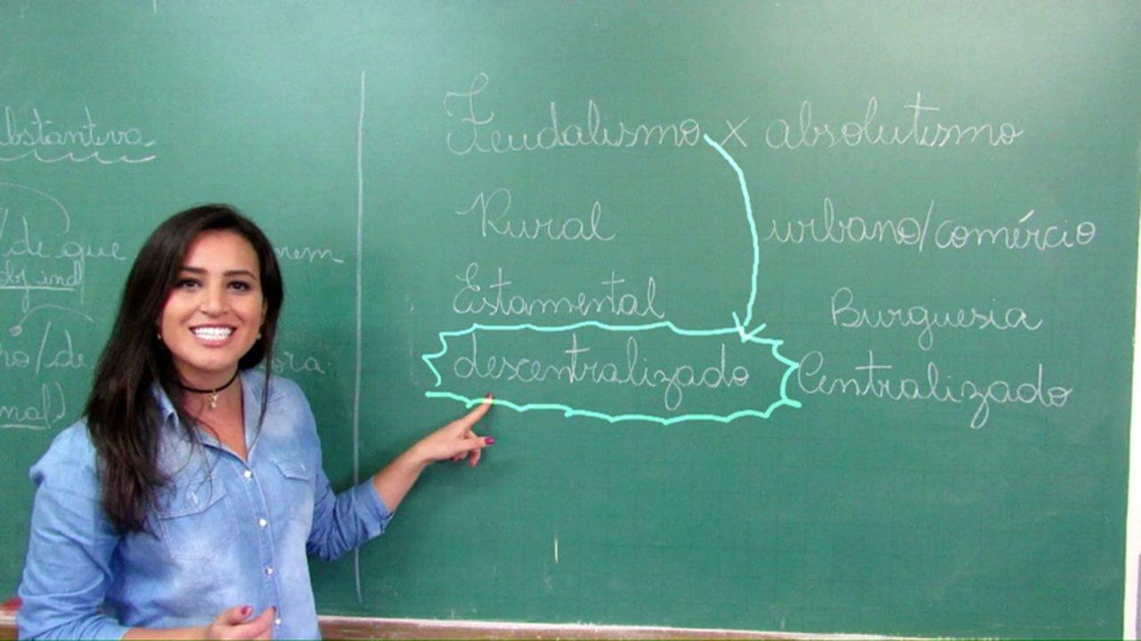 """Professora acusada de """"incentivar homossexualidade"""" será indenizada"""
