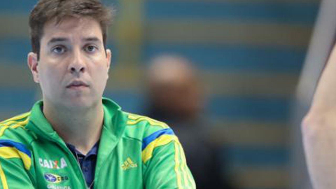 Ginastas brasileiros acusam técnico de abuso, veja o vídeo