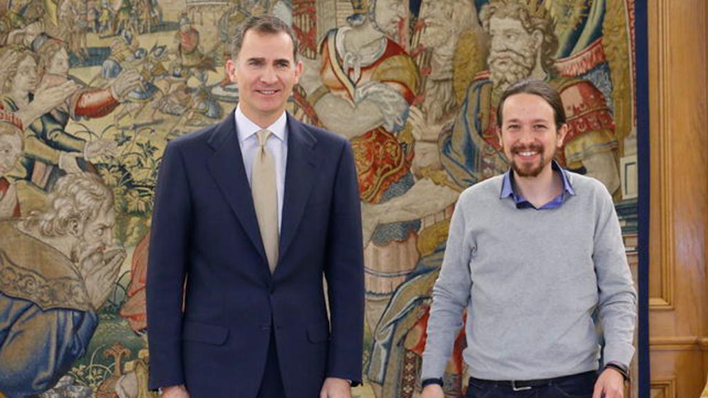 Conmoción tras los graves insultos de Pablo Iglesias a Juan Carlos I en público