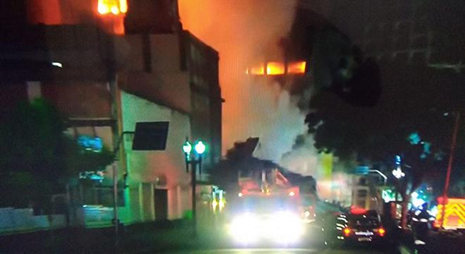 Vídeo: Diminui o número de desparecidos no incêndio de São Paulo