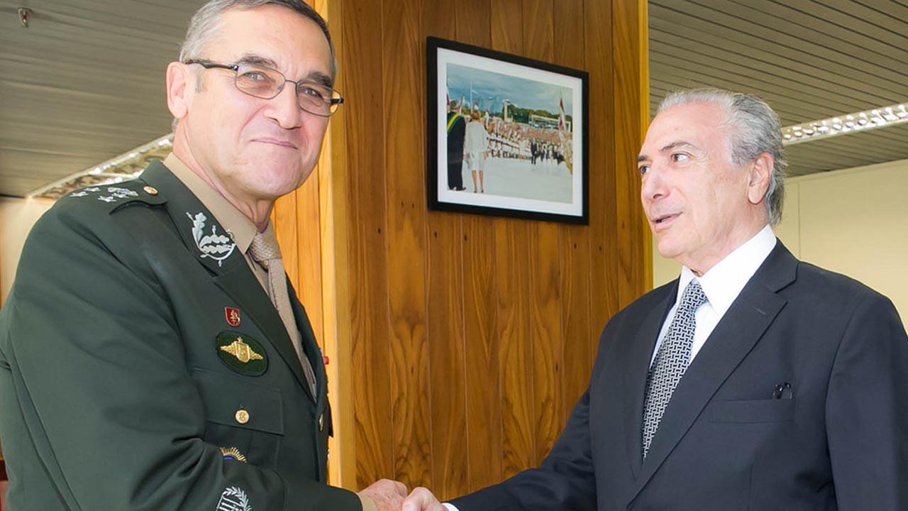General Villas Bôas do Exército, recebe um 'aviso', veja o vídeo