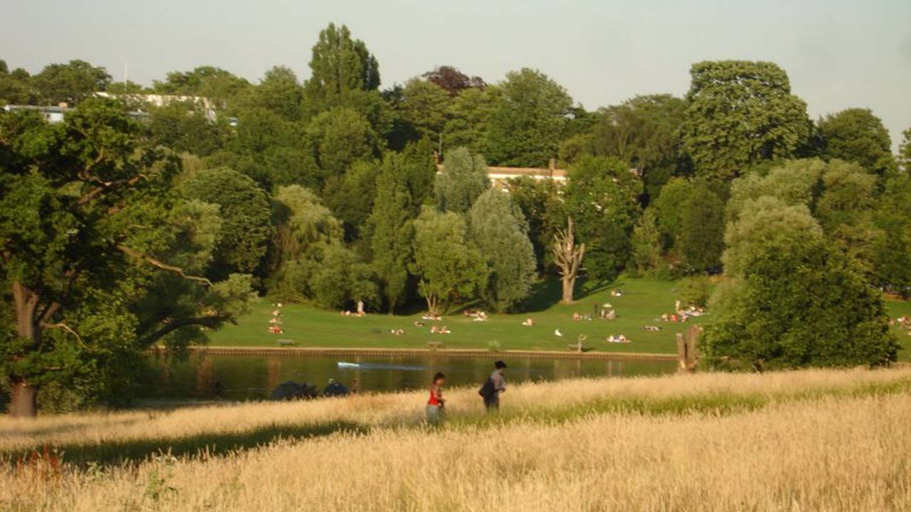 Parks and green spaces save the NHS £111 million each year