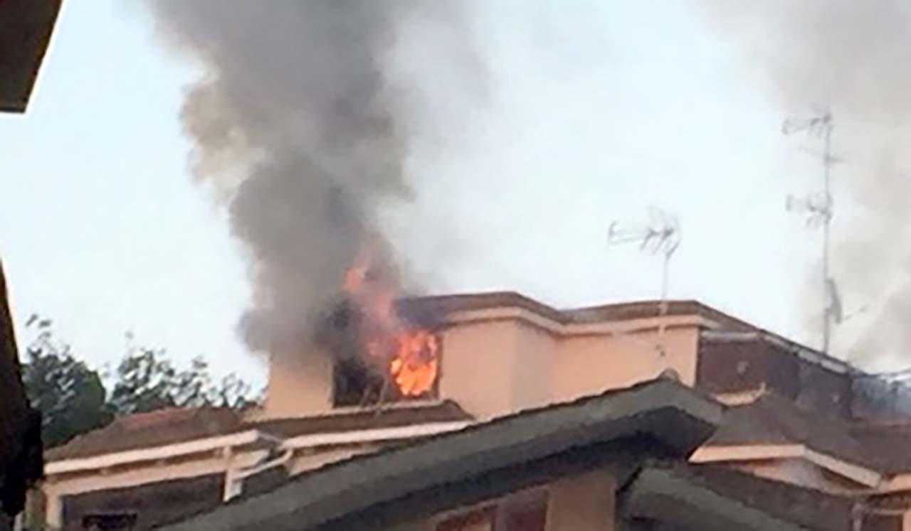 Madre sgozza la figlia, dà fuoco alla casa e si butta dal quarto piano