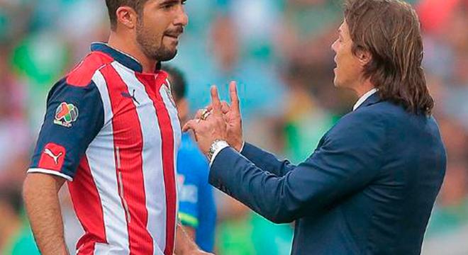Liga MX: Almeyda se va de Chivas y aficionados piden a Vergara vender el Rebaño