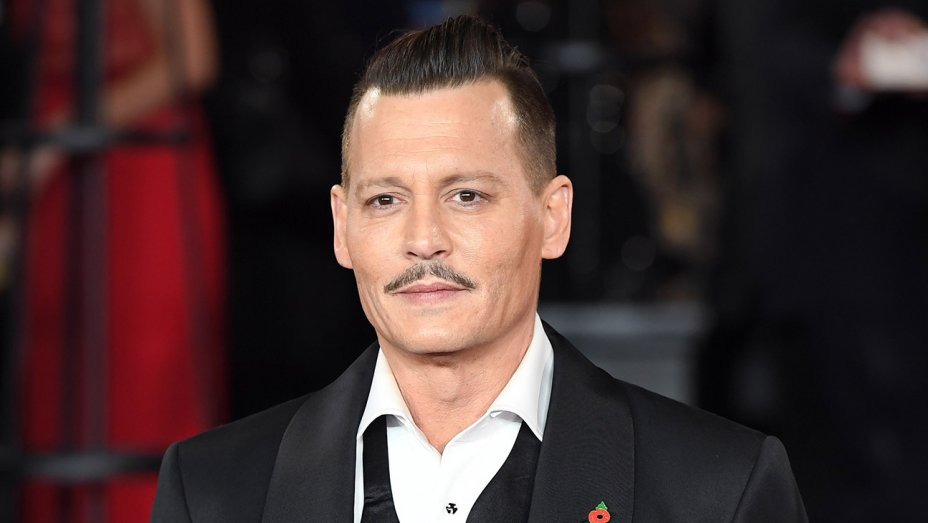 Johnny Depp's fans are worried because of his pale looks