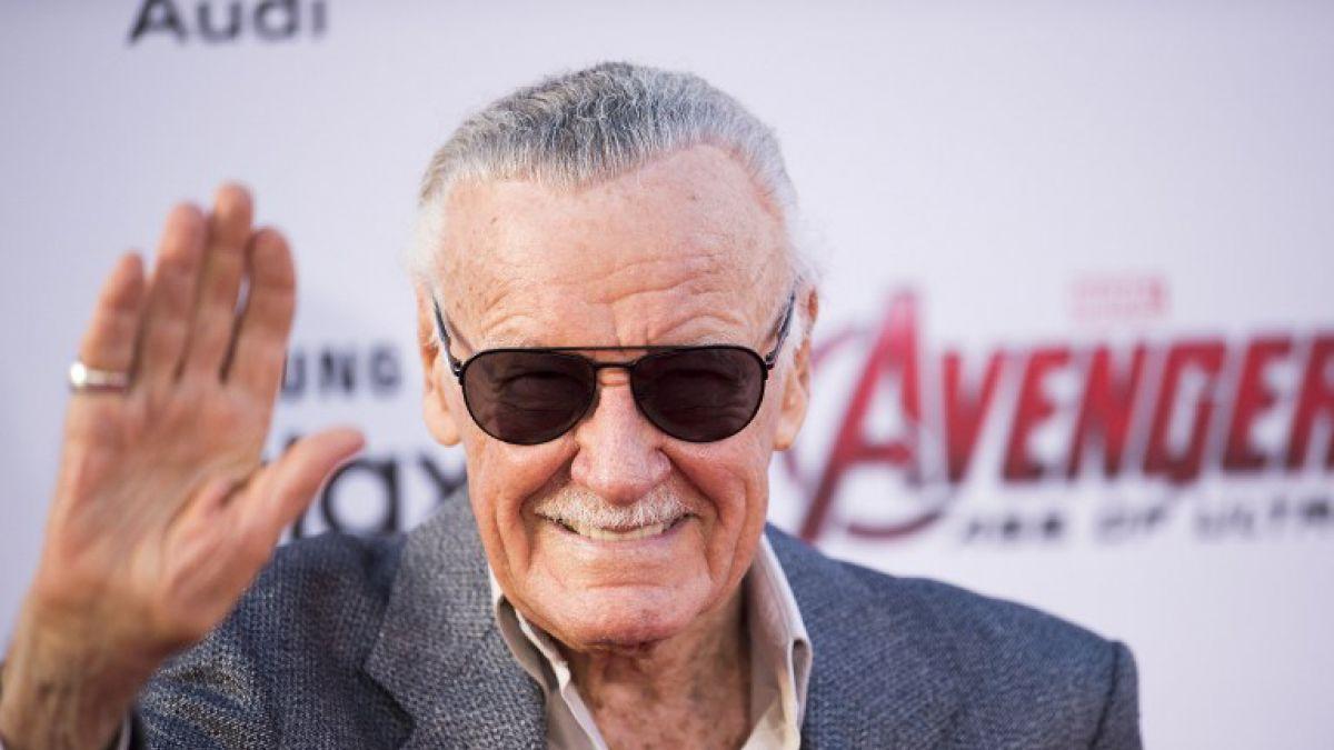 Stan Lee es asaltado por dos hombres armados