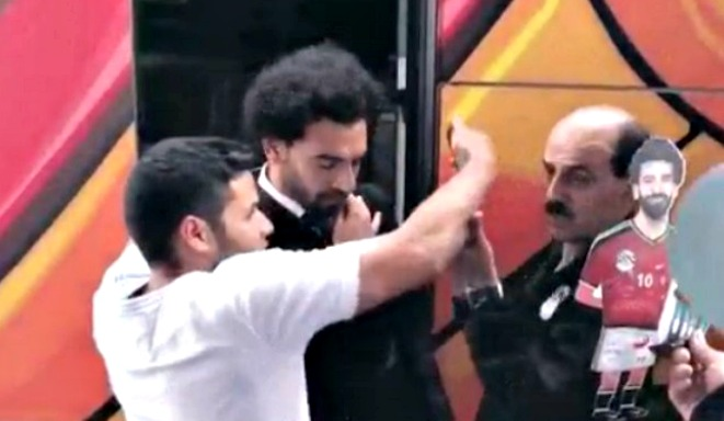 El gesto de Salah con un aficionado por tocarle el hombro