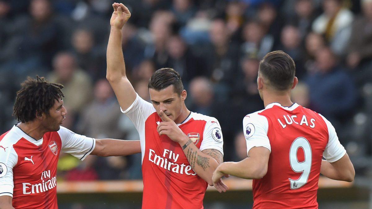 Premier League: El Arsenal confirma a Stephan Lichtensteiner y Granit Xhaka