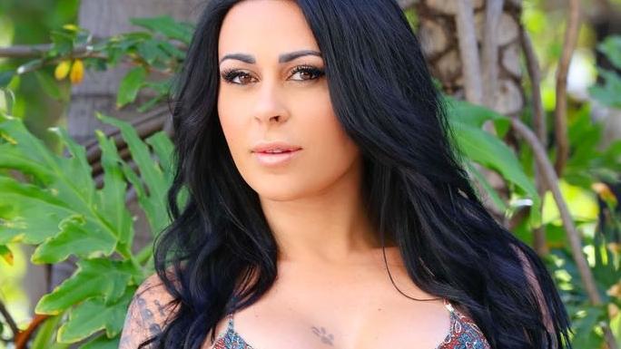Shanna Kress seule et très déprimée à Miami
