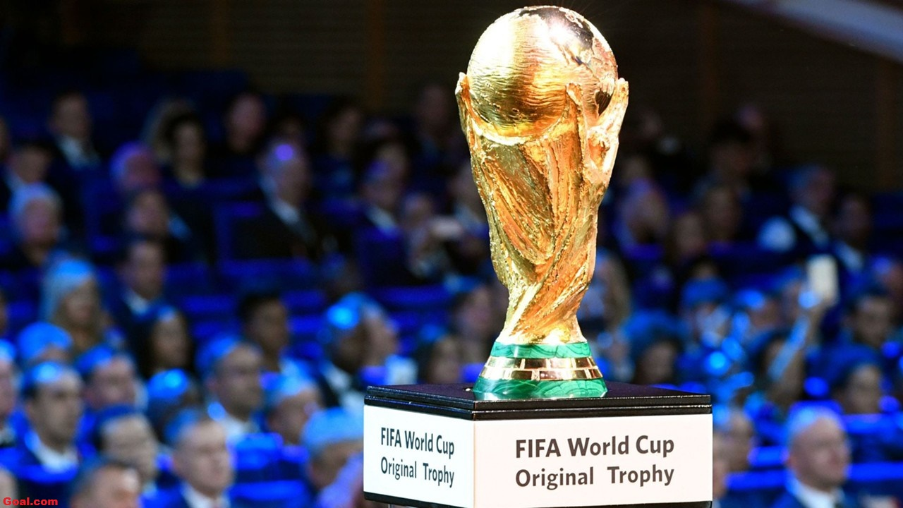 Uruguai elimina Portugal da Copa e Cavani faz dois gols