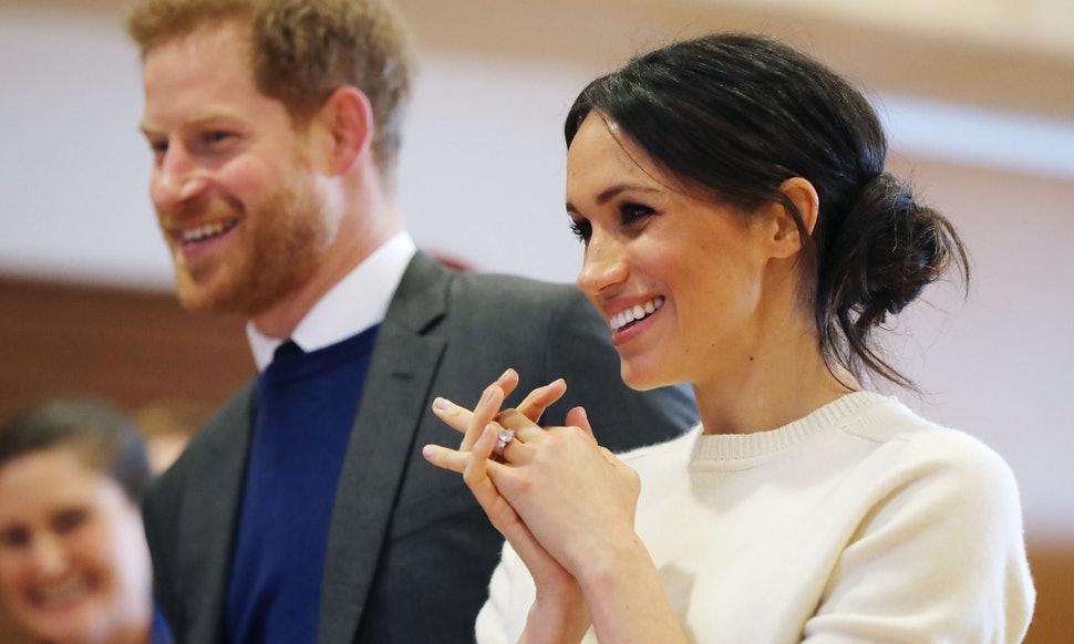 Prince Harry, Meghan Markle send wedding thank you cards