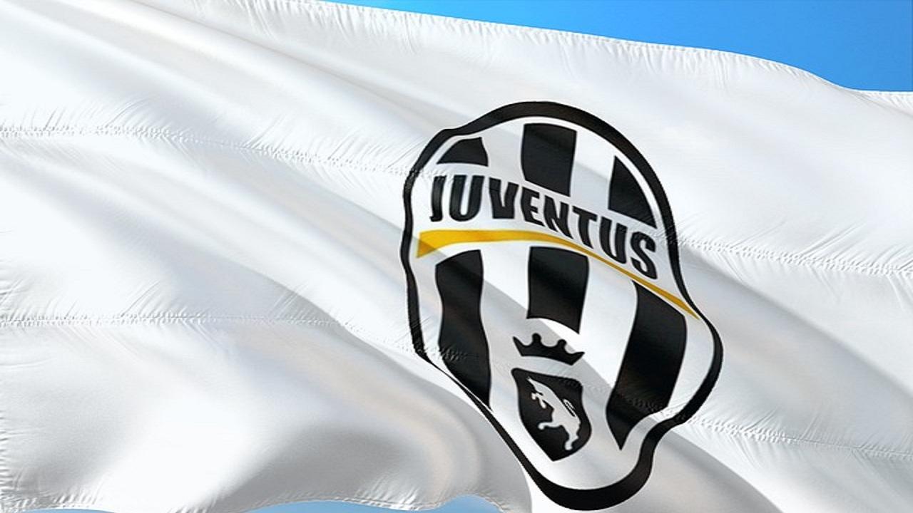Cristiano Ronaldo: CR7 è ufficialmente della Juventus, presto la presentazione