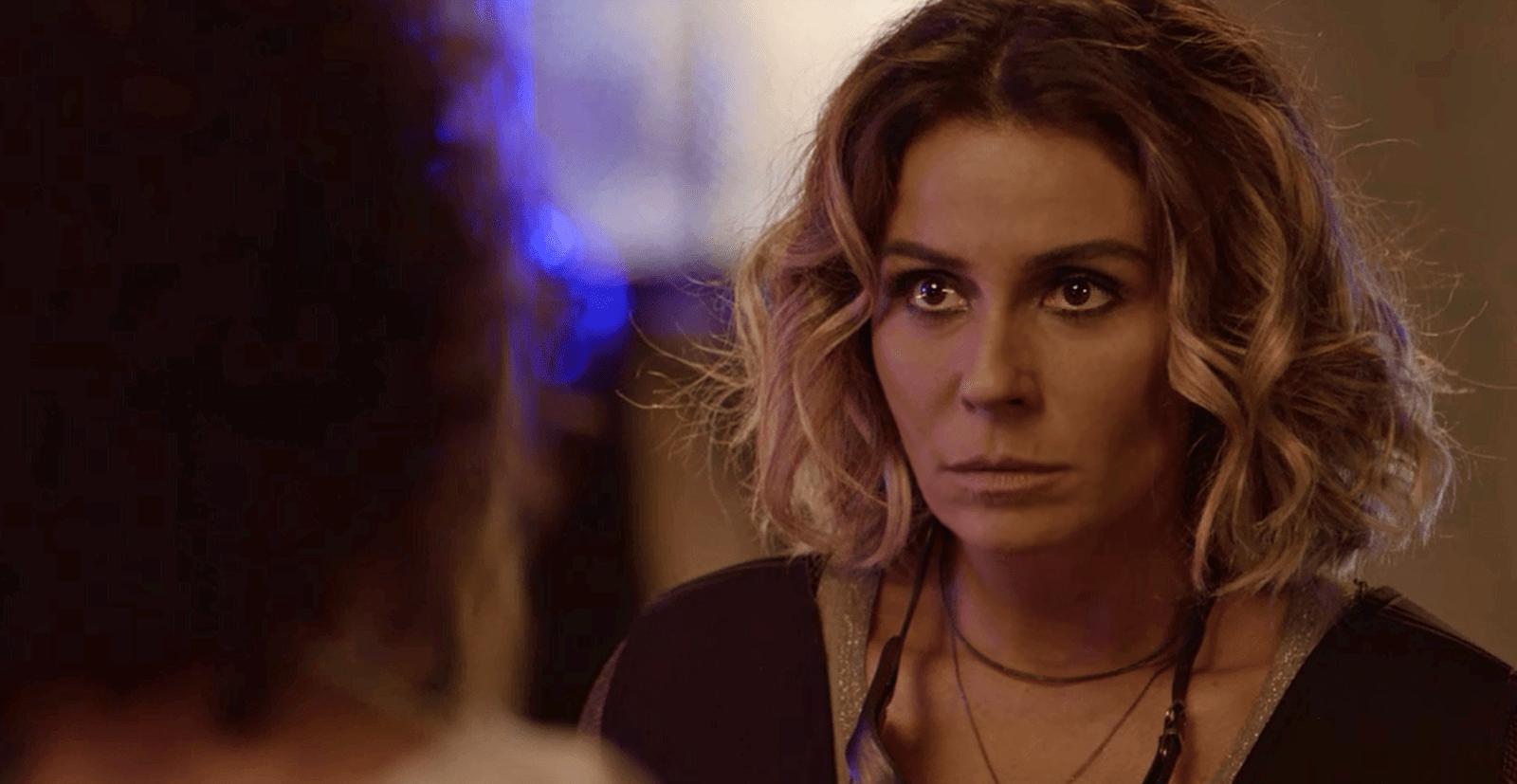 Segundo Sol: Luzia tenta impedir que Manuela seja assassinada