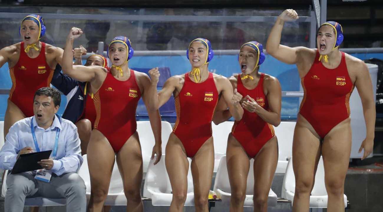 'Las guerreras' tumban a la campeona Hungría en el estreno en Barcelona