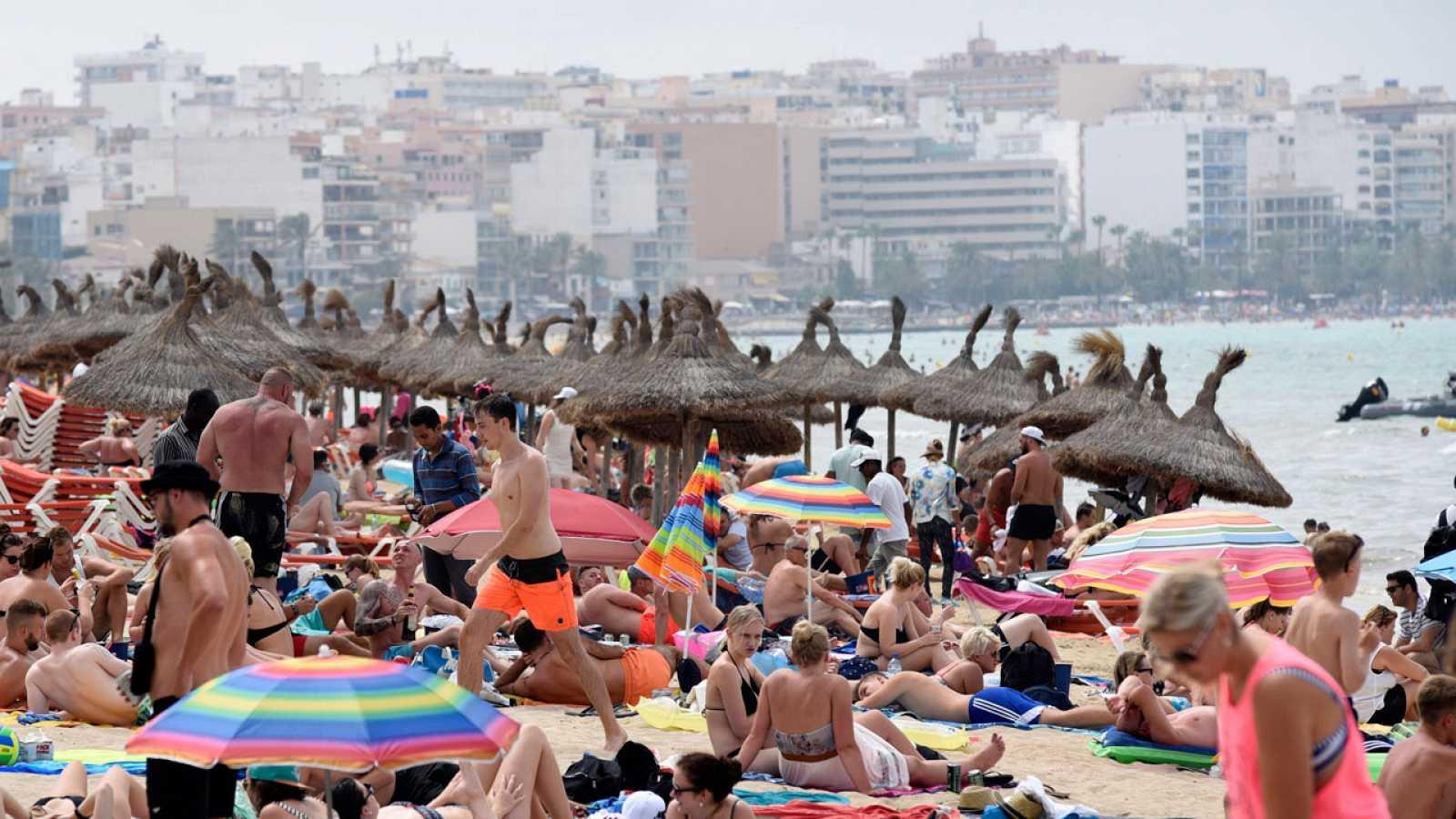 En Barcelona se tomar medidas contra el desenfreno de turistas
