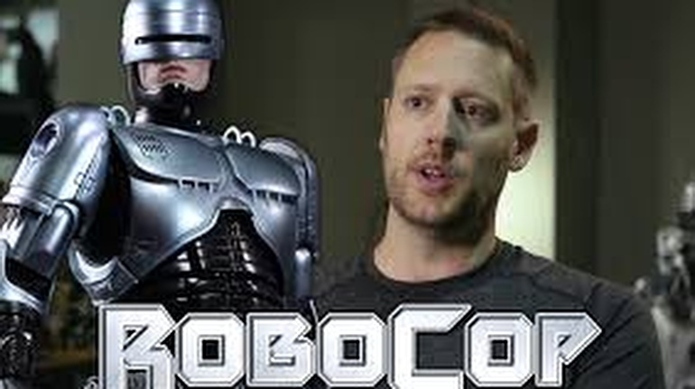 Peter Weller es el favorito para interpretar el personaje de Robocop