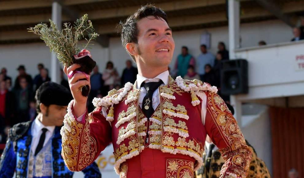 El torero venezolano Manolo Vanegas se recupera rápidamente para volver al ruedo