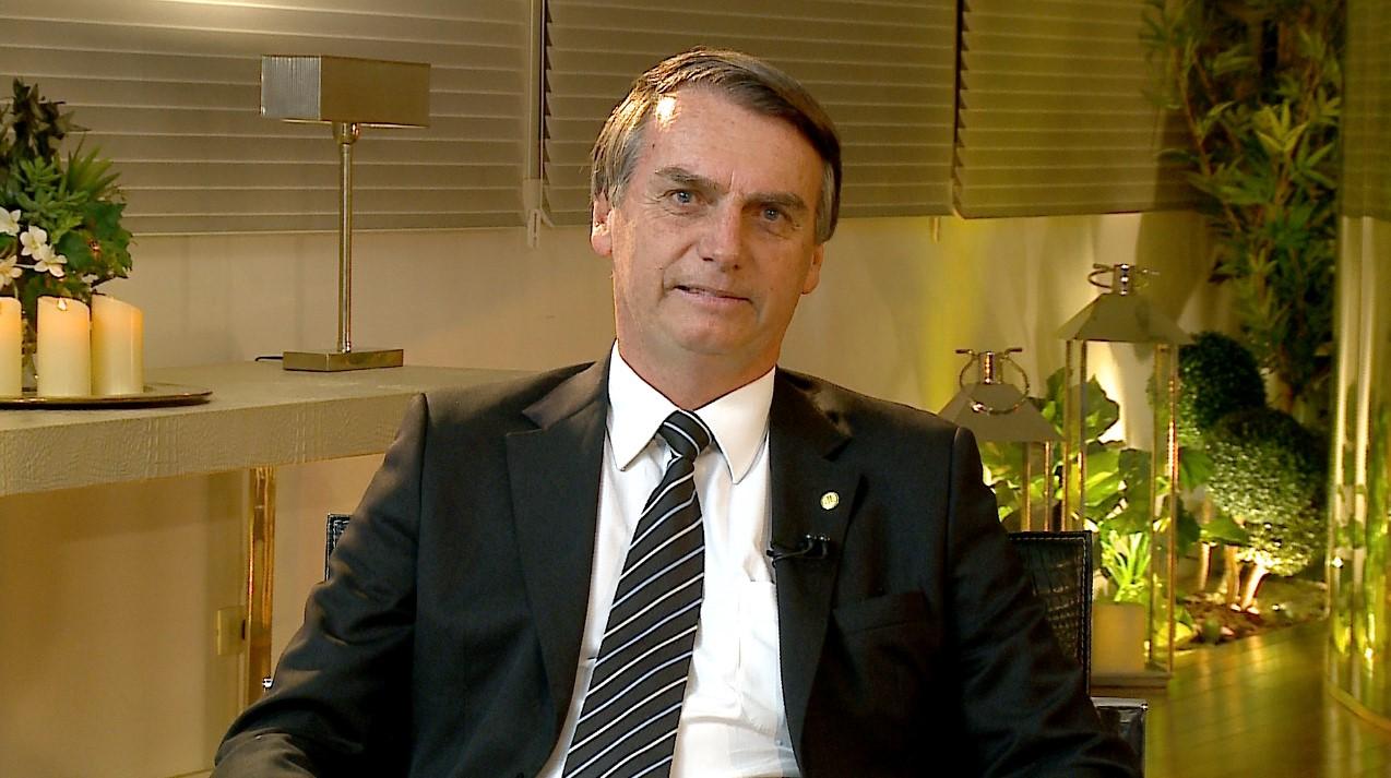 Julgamento de Bolsonaro fera tensão nos ministros do TSE