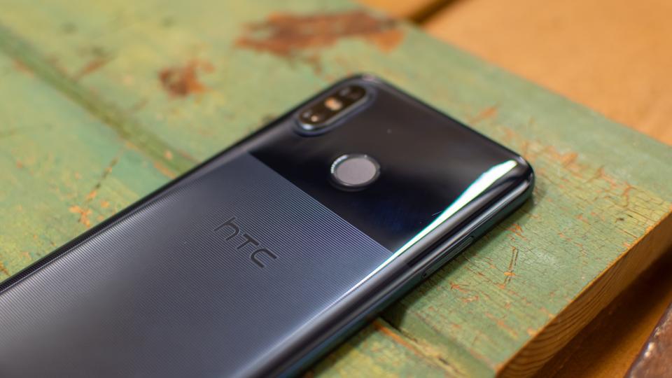 El HTC U12 Life trae una pantalla de 18:9 y una cámara dual