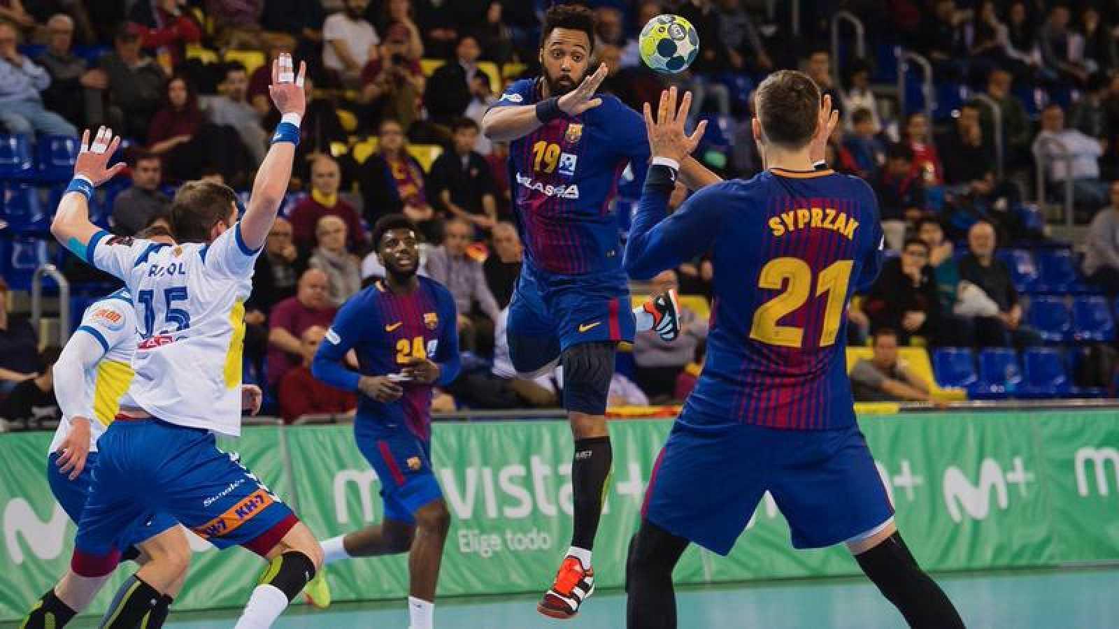 El Barcelona desbanca al Real Madrid del liderato de La Liga
