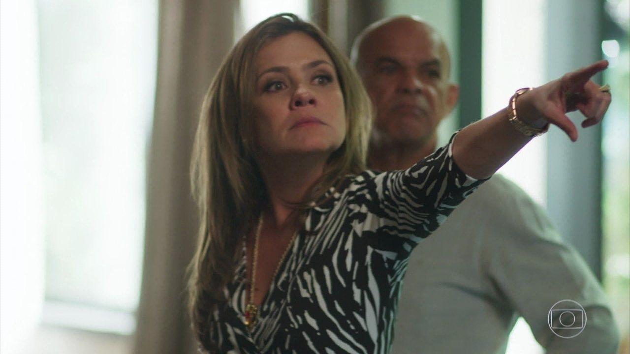 Galdino escapa da morte e deixa Laureta perplexa