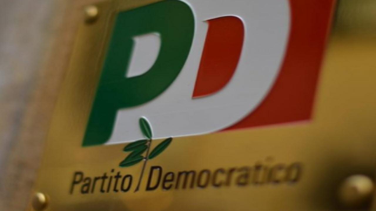 Festa dell'Unità: militante chiede di cacciare Renzi dal Pd