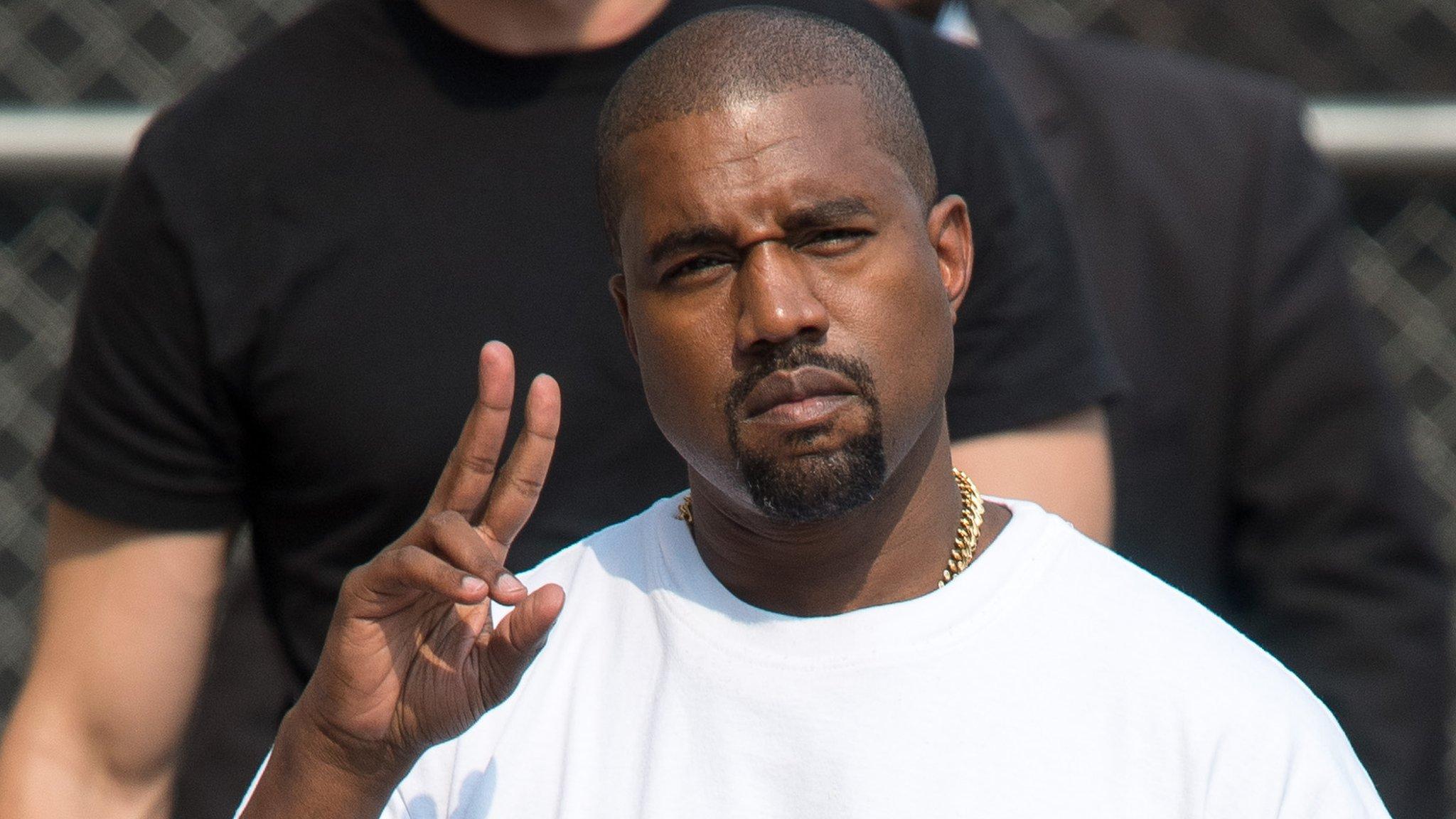 Kanye West hace su debut en la industria pornográfica