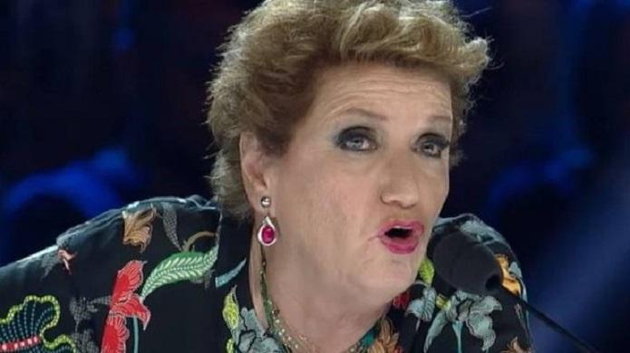 Audizioni X Factor 2018: Mara Maionchi consola una concorrente