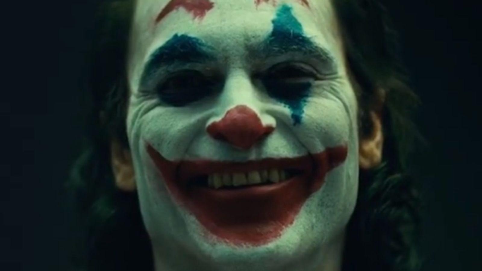 VÍDEO: Joaquin Phoenix y sus primeras fotos maquillado como el Joker