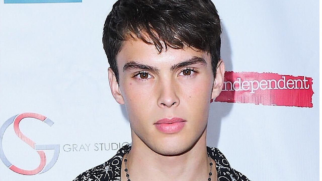 Photos of handsome young actor Jared Scott