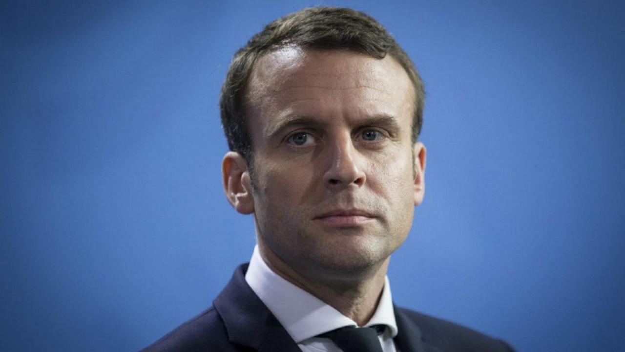 Emmanuel Macron en forte baisse dans tous les sondages
