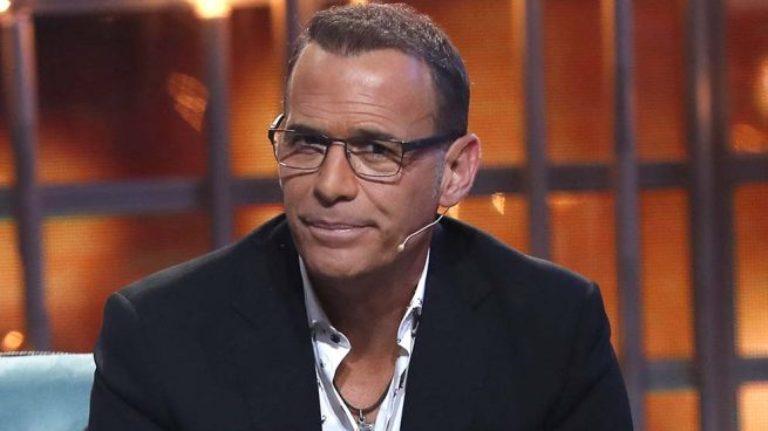 Carlos Lozano vende su casa a un precio más bajo y desaparece de Mediaset