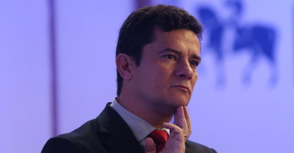 PT quer impedir Sérgio Moro de assumir tribunal