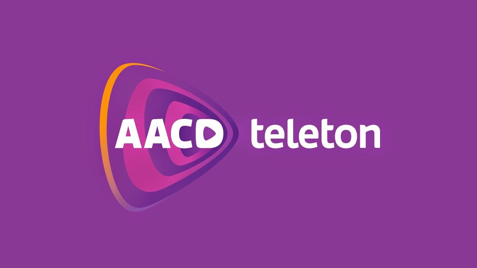Bolsonaro liga para o SBT e faz doação à AACD
