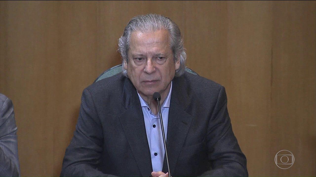 José Dirceu prevê governo longo de Jair Bolsonaro