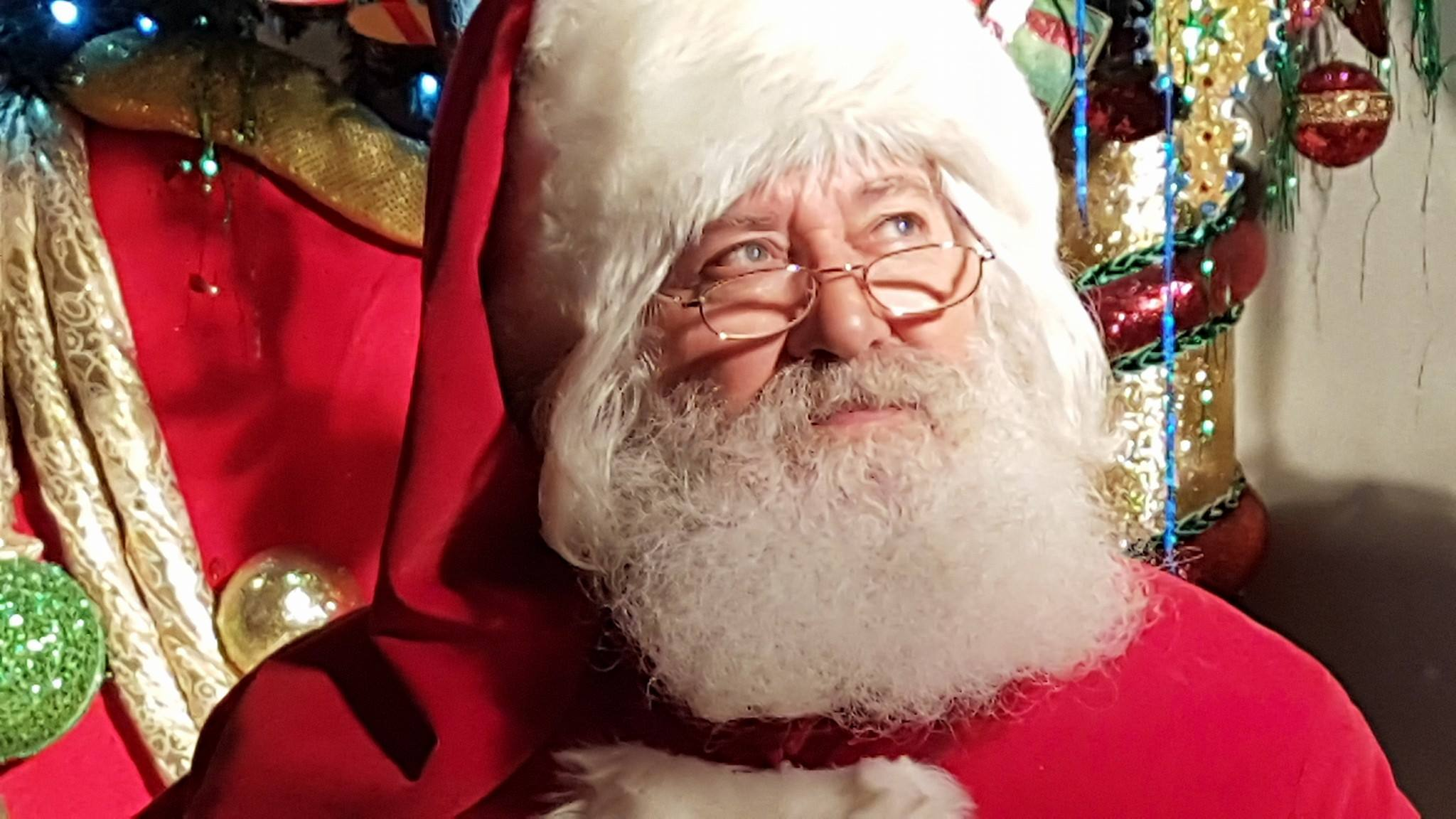 Babbo Natale 8 Gallery.Torino Si Assume Babbo Natale A Mondojuve 2mila Euro Per 11 Giorni Di Lavoro
