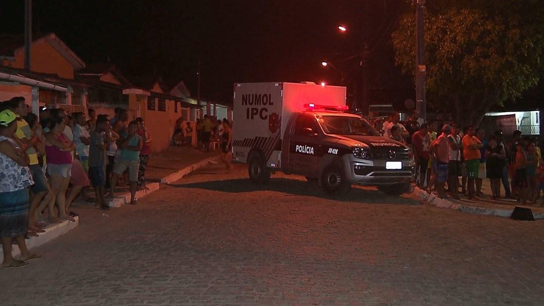 Mulher é morta com 7 facadas pelo namorado em Pelotas