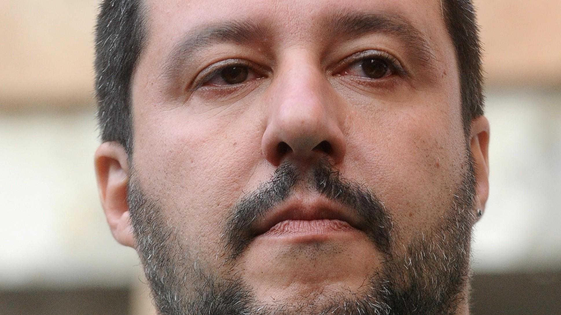 Salvini, pugno duro sulle riforme: 'Sì a pensione con Quota 100'