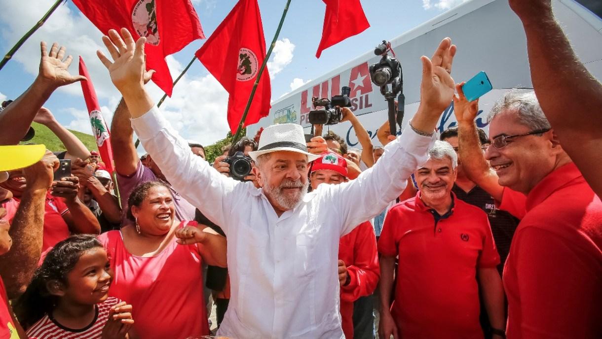 Juíza nega visita de senadores a Lula