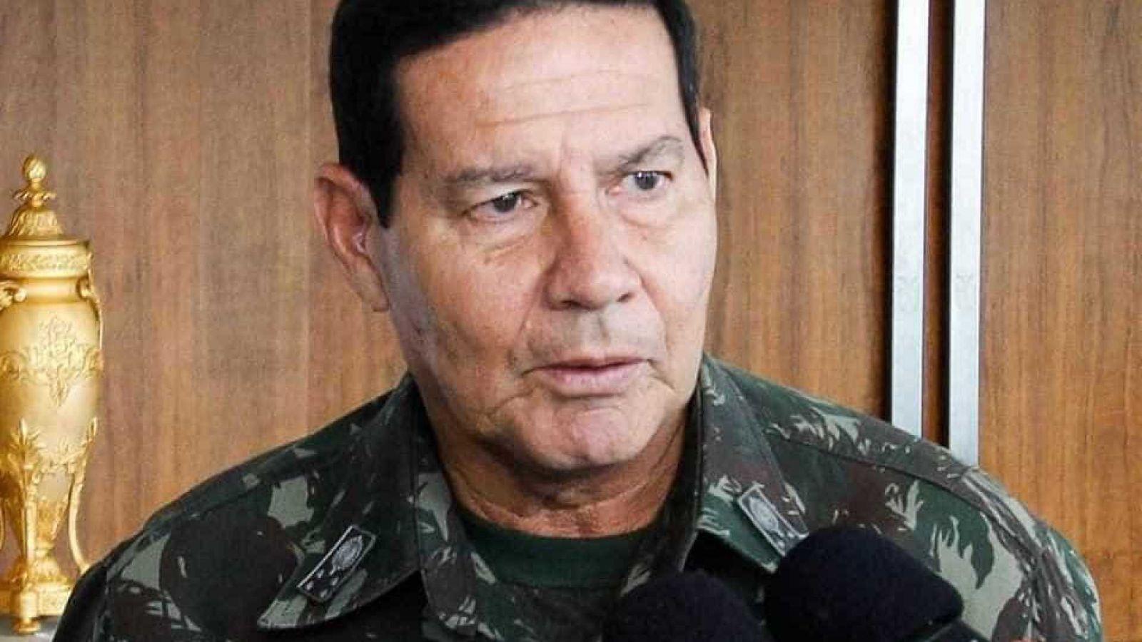 """Para Maduro, General Mourão é """"louco"""""""