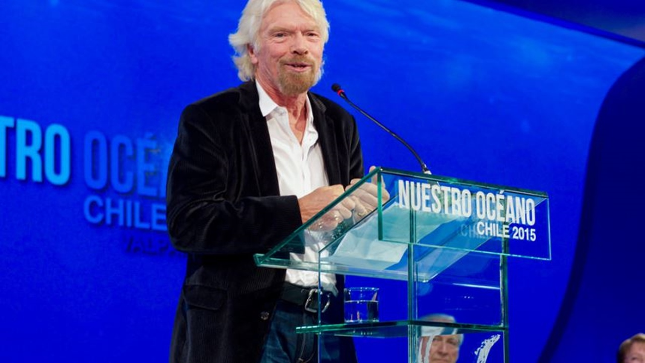 Virgin Galactic: Richard Branson's one step closer to space tourism