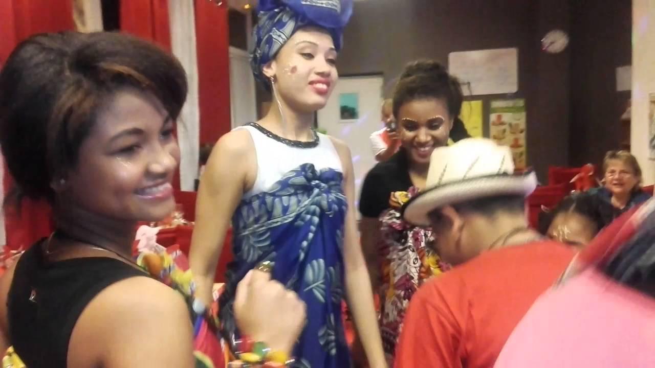Lamba : Les six tenues des malgaches