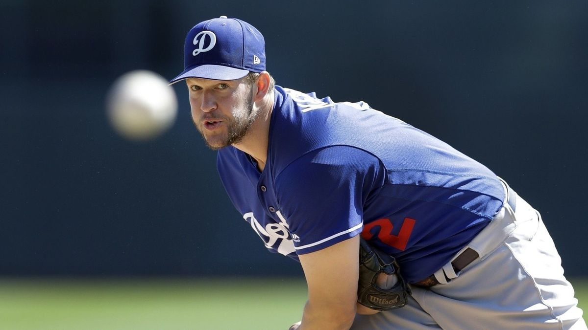 Dodgers and Reds agree to explosive deal