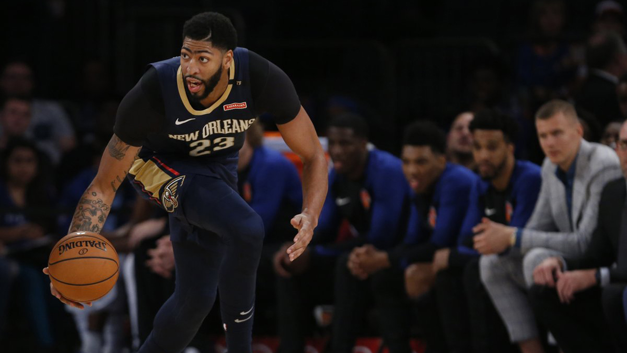 Anthony Davis dines with LeBron James, jokes with Lakers on Instagram