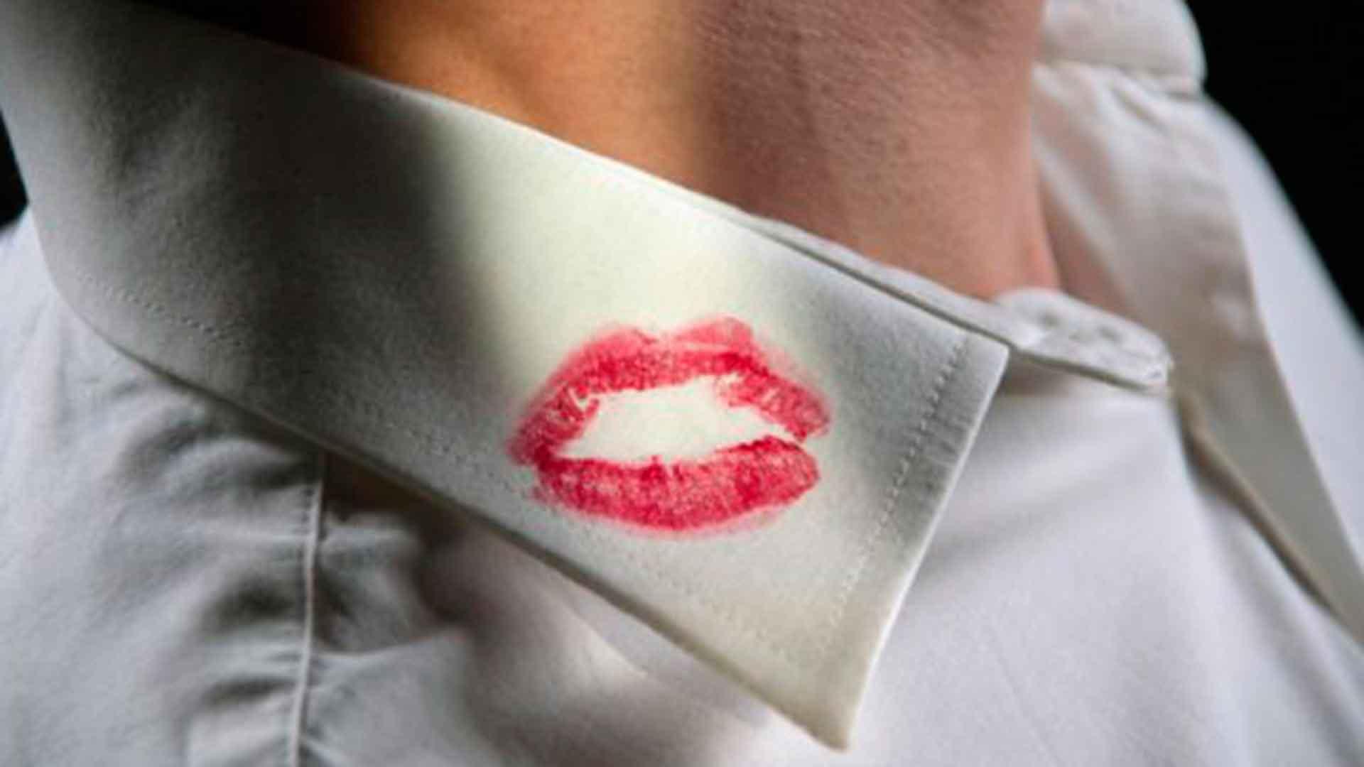Em festa de aniversário, jovem revela traição do namorado