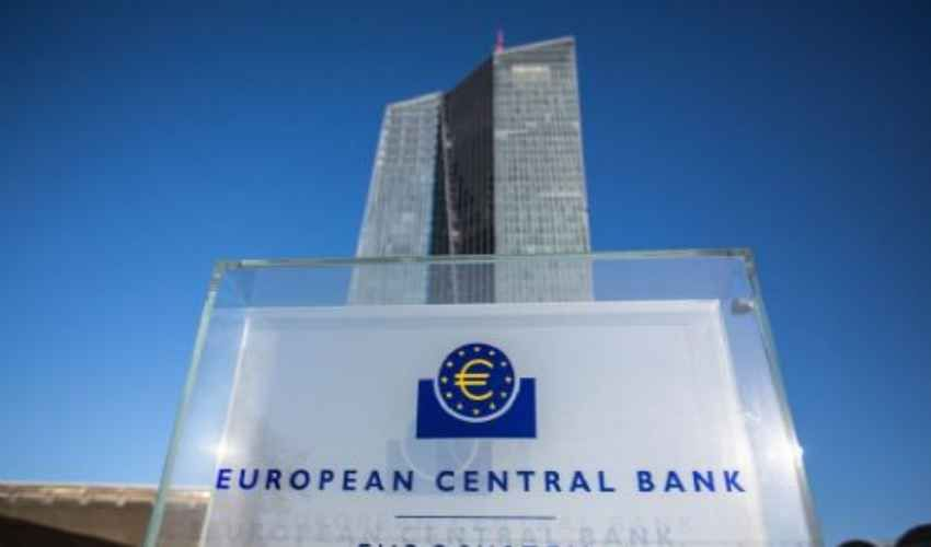 La Bce teme il peggioramento del saldo di bilancio italiano