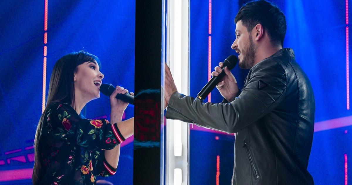 VIDEO: Cepeda y Aitana se mandan mensajes en pleno concierto