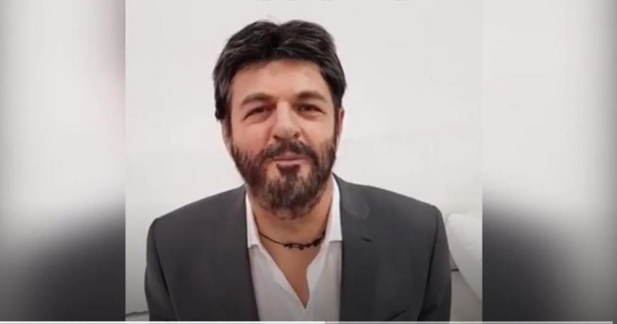 Simone Baldelli imita Roberto Fico, il video diventa virale