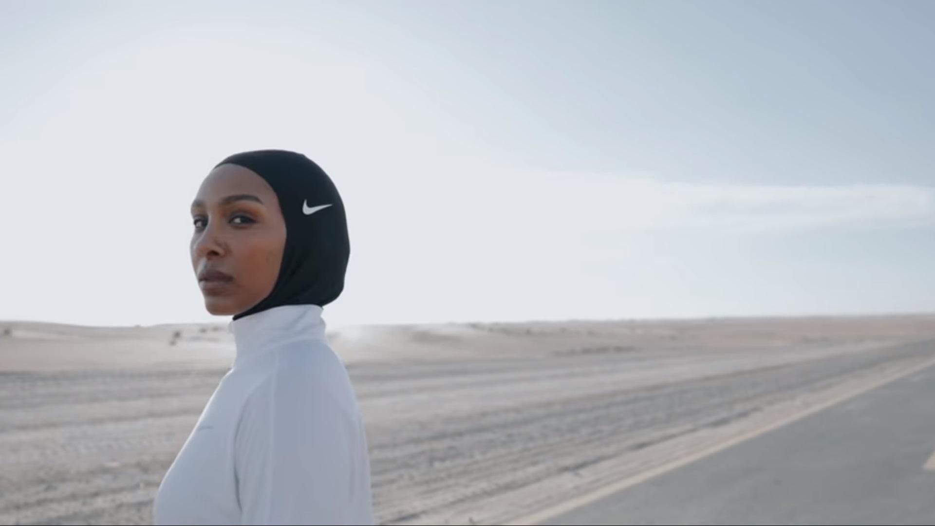 A Milano Nike vende hijab sportivi, Sardone: 'sfrutta l'oppressione femminile'
